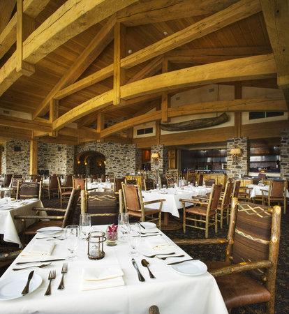 Allred's Restaurant : Allred's dining room