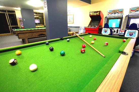 باسيفيك بيتش ريزورت: Games Room