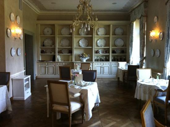 Chateau Mcely: Frühstück.