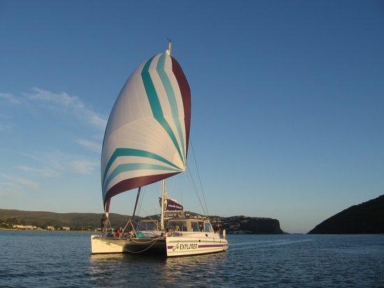 Книсна, Южная Африка: Heads Explorer Catamaran