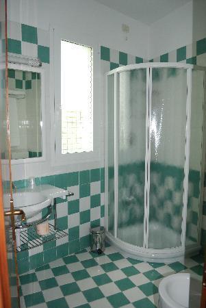 Hotel Helen: Badezimmer