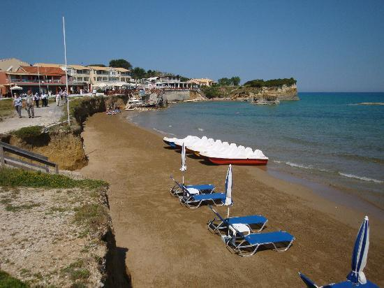 Nice small beach to left of canal of love picture of for Small beach hotels