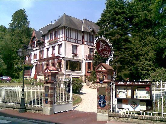 Hotel Bois Joli (Orne) voir les tarifs, 72 avis et 28 photos # Bois Joli Bagnoles De L Orne