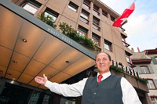 Herzlich Willkommen Im Hotel Basel