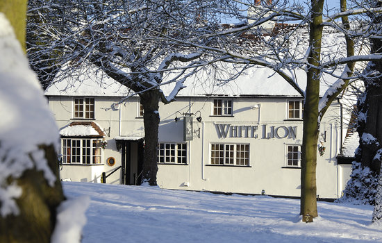 The White Lion Inn: Christmas Day