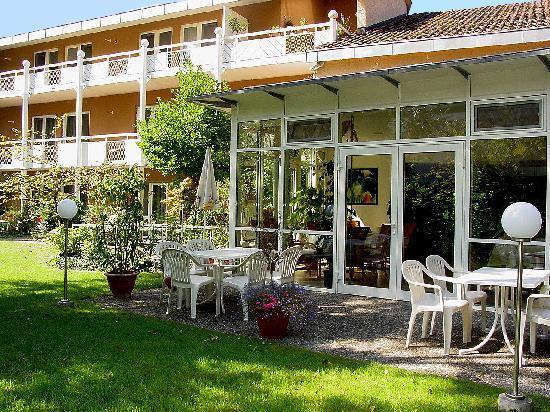 Hotel Christine: Blick vom Garten aus