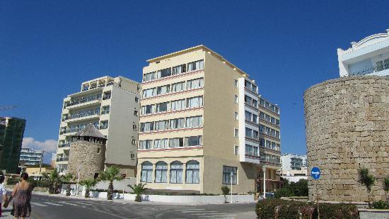 Mitsis La Vita Beach Hotel: Mitsis La Vita exterior