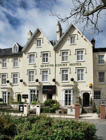 Queens Court Hotel Exeter Menu