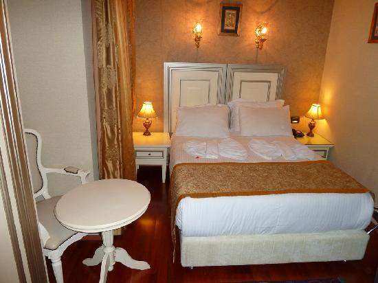 Maywood Hotel: Zimmer 303