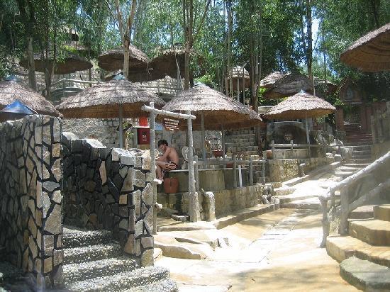 Thap Ba Hot Springs: 透明なミネラル温泉