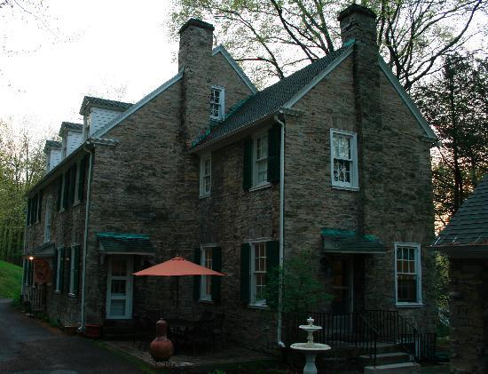 Stony Point Bed & Breakfast: The inn