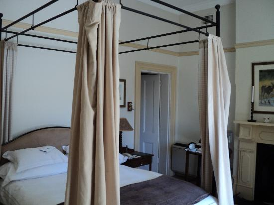 Hacklewood Hill Country House: our beautiful bedroom