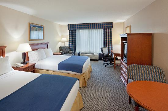 Holiday Inn Express Suites Manchester Airport Hotel