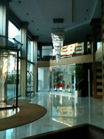 Avantgarde Levent Hotel: View of the lobby