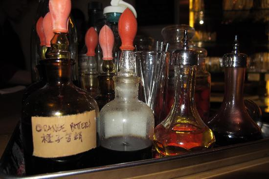 Apothecary : Well equipment artisan bar
