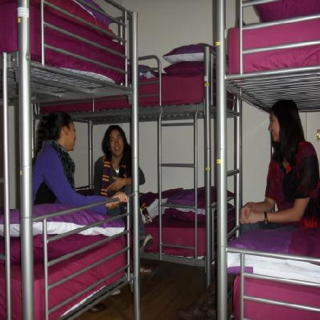 4 Star Hostel: * Bed Dorm