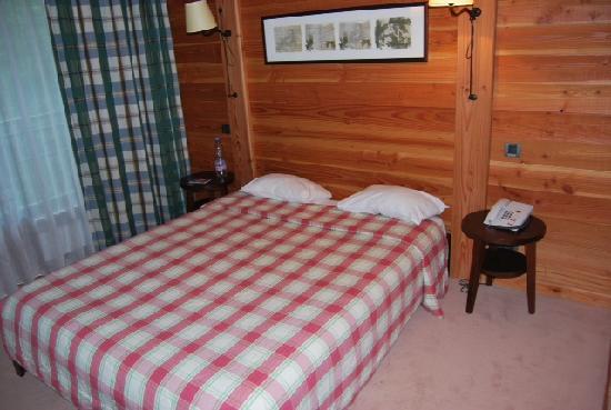 Hotel des Trois Hiboux : chambre
