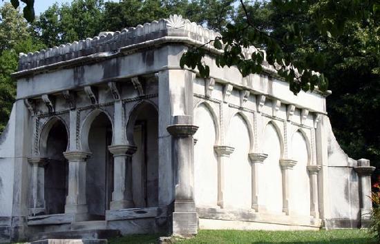 Cave Hill Cemetery: Spotts Mausoleum