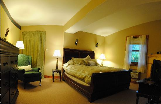English Hideaway Inn B&B: The Berkshire Room