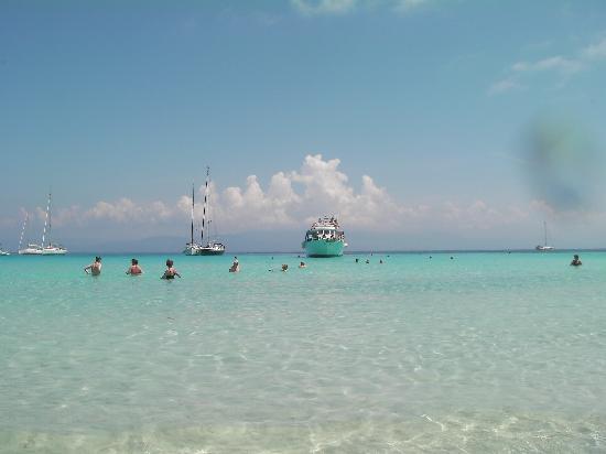 Sandy Beach Resort : antipaxos