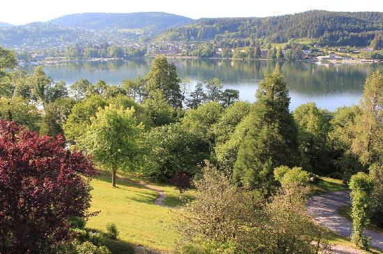 Le Manoir au Lac: La vue depuis la suite Bastien
