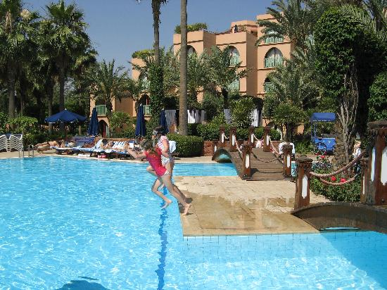 the poolside eatery picture of le meridien n fis marrakech tripadvisor