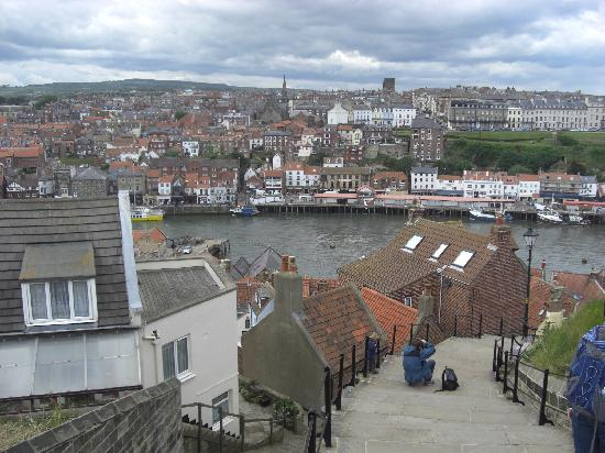 Уитби, UK: Whitby from the 199 Steps