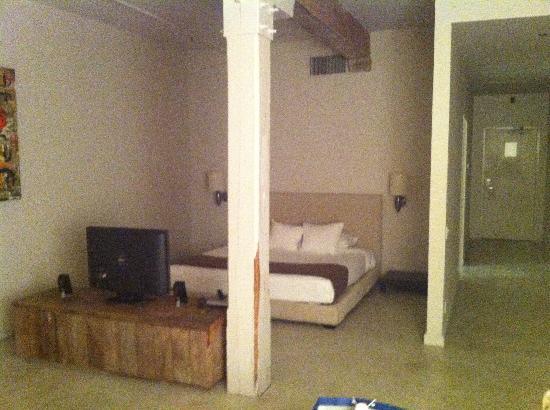Loft 523 New Orleans: third floor room 3B