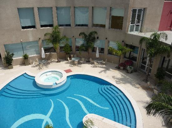 Quorum Cordoba Hotel: Pool