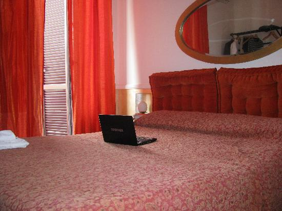 Aldebaran Bed & Breakfast: my room