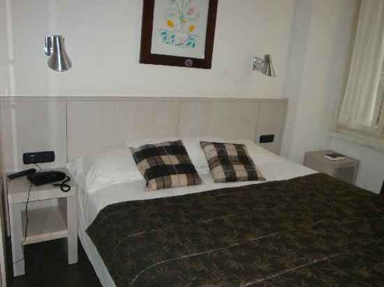 Hotel De Petris: room