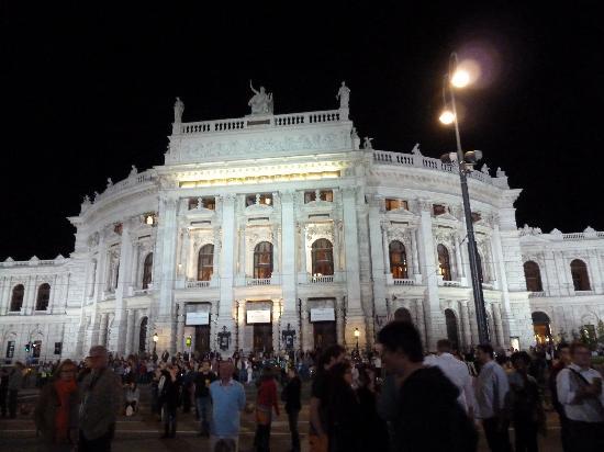 Vienna, Austria: Burgtheater Wien
