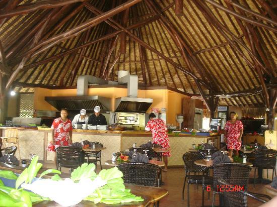 Maitai Polynesia Bora Bora: ristorante spiaggia