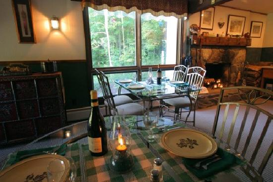 Weathertop Mountain Inn: Eclectic Evening Dining