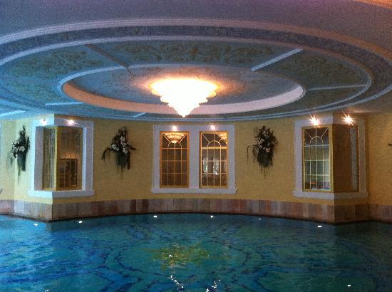 Cavallino Bianco Family Spa Grand Hotel : Piscina