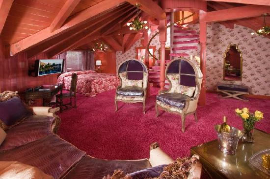 Love Nest room - Picture of Madonna Inn, San Luis Obispo - TripAdvisor