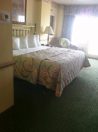 Howard Johnson Plaza Hotel - Ocean City Oceanfront : King Oceanfront Room