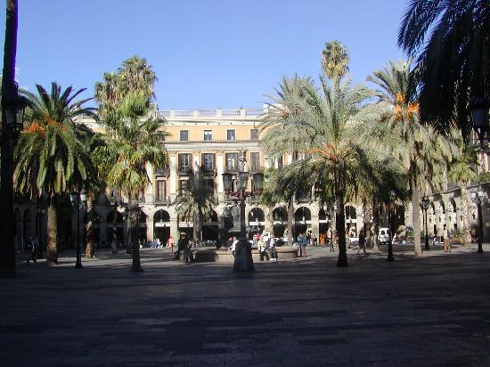 Placa reial picture of barcelona province of barcelona - Hotel reial barcelona ...