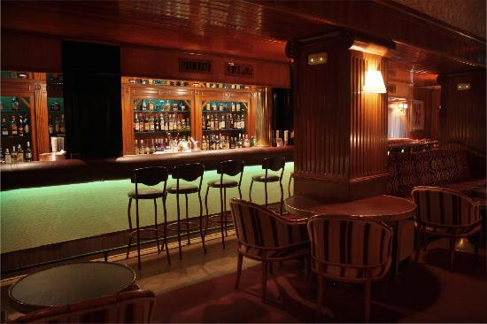 Piano Bar Neptuno: Barra 2