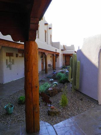 La Punta Norte Guest House: inside passage area