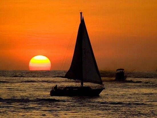 Tlaloc Sailing Tours