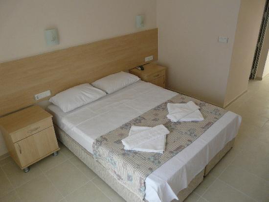 Viras Hotel - Restaurant: Double Room