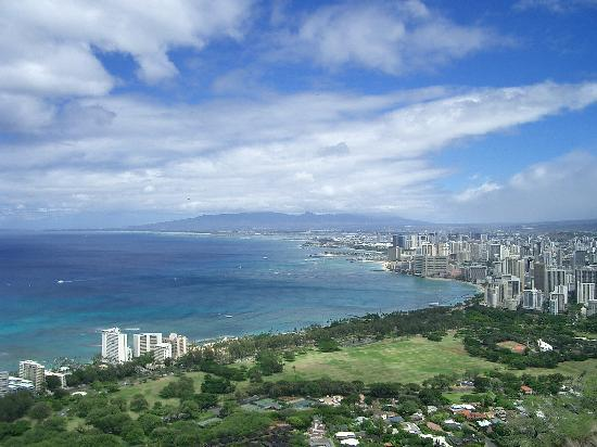 Vista di Honolulu da Diamond Head