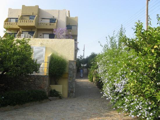Hotel Almiros Beach: entrée de l'hotel