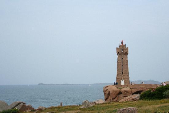Sentier des douaniers : le phare
