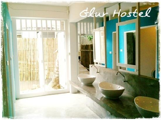 Glur Hostel: Shared Bathroom