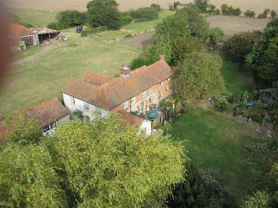 Old Plough House B&B: Aerial view of Old Plough House/Plough Cottage