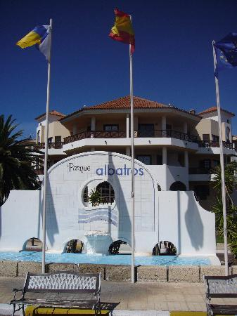 Royal Park Albatros: Front of the Hotel