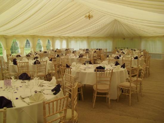 Kelham House Country Manor Hotel: Table set out in marquee