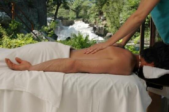 Au Virage B&B : Massage sur place